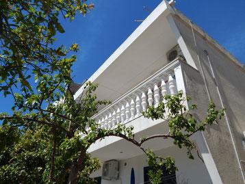 Апартаменты в Промайне, первый ряд