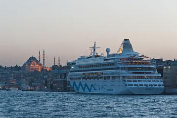 AIDAaura in Istanbul