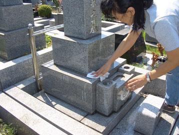 横浜 お墓参り 代行 同行 付き添い