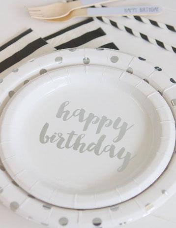 assiettes-anniversaire-deco-de-table-anniversaire-assiettes-happy-birthday