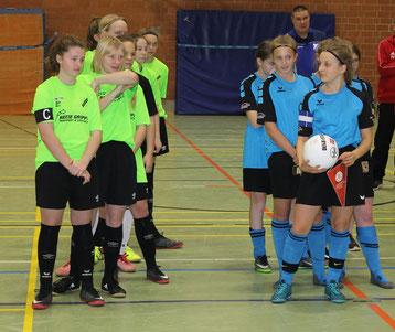 Unsere erfolgreichen C- und B-Mädchen-Mannschaften. Foto: Lanzke