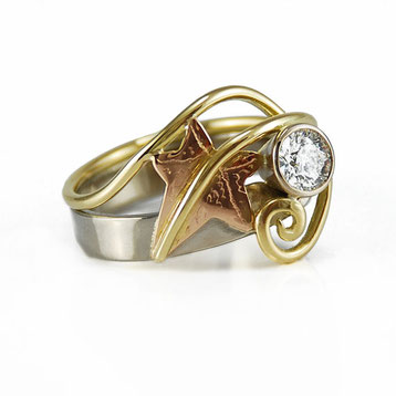 Ivy Leaf Ring - White, Yellow & Rose Gold with Diamond