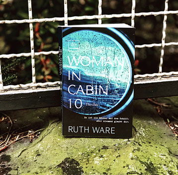 Buchcover, Woman in Cabin 10, Ruth Ware, Thriller, Krimi, The Booklettes
