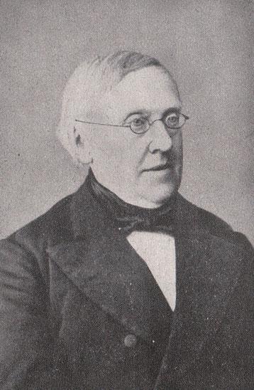 Carl Brünslow, Porträt Mann mit Brille