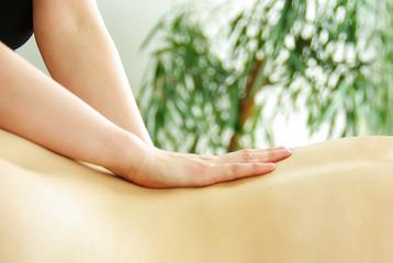 Energetische Rückenmassage