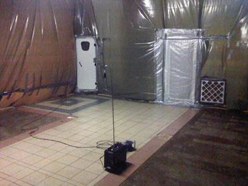 Schwarzbereich mit Unterdruckhaltung, Materialschleuse und 4-Kammer-Schleuse