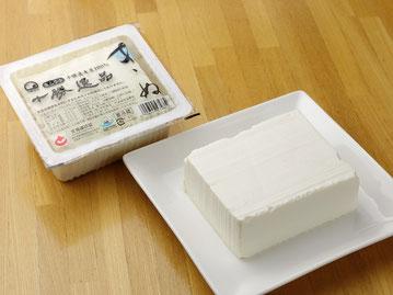 写真:十勝逸品きぬ豆腐