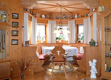 Bauernstube und Holzböden von Peter Moser Nußdorf
