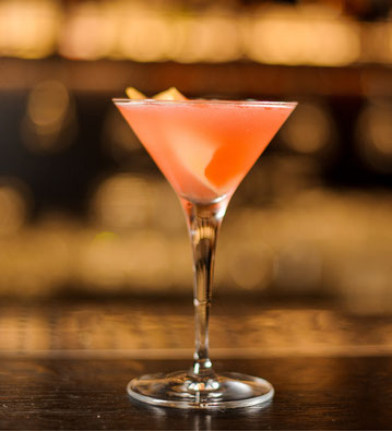 ANNA FAMOSA APERITIVO, cocktail, long drink aperitif,  rosen, pfirsich, cosmopolitan, cranbery drink, shake, lillet, orange