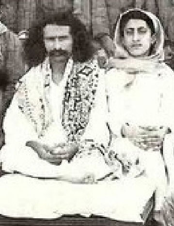 Meher Baba with Chhota Baba at Toka, India 1928.