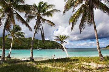 Strand bei Yacht-Urlaub