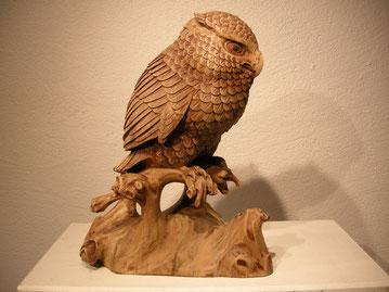 Eulenschnitzerei Eulenskulptur Paul Widmer