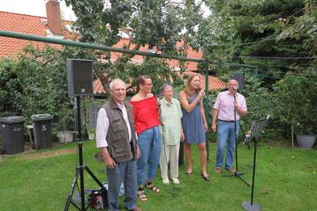 Robert Fischer (von links), Melissa Schröder, Ida Fischer, Simone Baars und Frank Roth