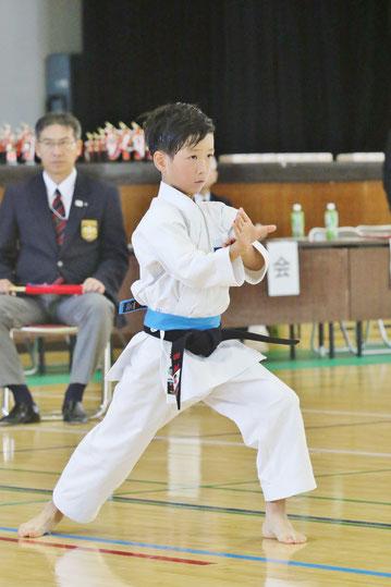 田村成緒 選手