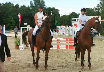 Maria Köhler und Taline Krüger mit Hocke's Stuten Athina und Anna-Carina