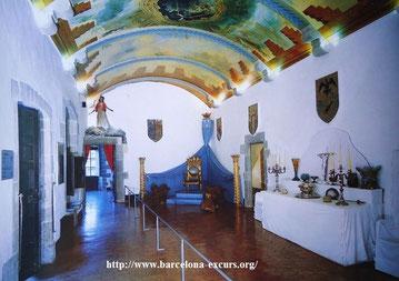 Замок Гала в местечке Пуболь, Каталония