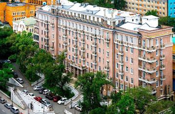 Aleutskaya Street, 17 – One of the most famous and prestigious apartment houses in Vladivostok.