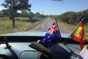 An Bord des LKWs der hilfsbereiten Kubaner