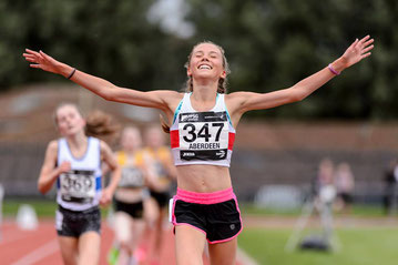 Our U15 winner Anna Hedley - photograph by Bobby Gavin