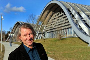 """Peter Fischer vor """"seinem"""" ZPK"""