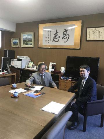 (写真左)鶴岡高専 高橋校長(右)伊藤学