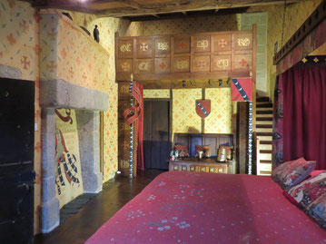 chambre famille insolite au château-fort de Tennessus La Suite Chatelaine