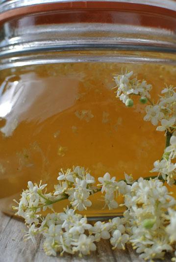 Feines aus Holunderblüten und Prosecco - Marmelade