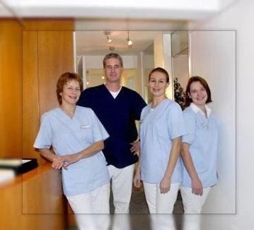 Das Team der Zahnarztpraxis Dr. Rainer Ostermaier in Bad Griesbach
