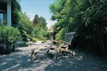 Gartenmöbel Holz, Kiesbelag, Erholung, Topfpflanzen, Bambus