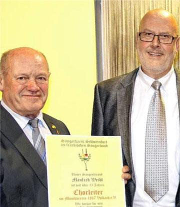 Goldene Stimmgabel an Manfred Weidl Volkach- 15 Jahre CL 2015