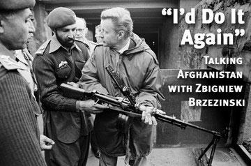 De gauche à droite les térroristes Ben Laden et Zbignew Brzezinski