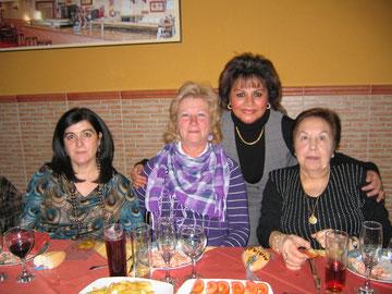 Paqui,Mary, Juanita