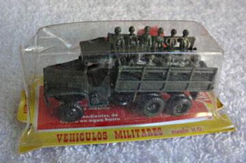 4024 GMC 2,5t M-35 transporte soldados