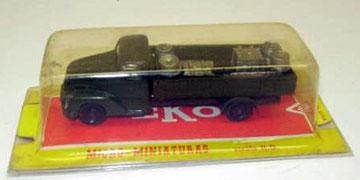 4016 Camión militar con carga