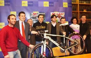 Ocisport, Ajuntament, Secretaria de l'Esport, Julien Abasalon, Marga Fullana i Club Ciclista Banyoles