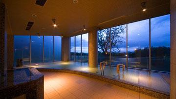 富良野温泉「紫彩の湯」