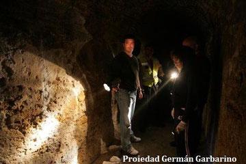 Expedición en los túneles