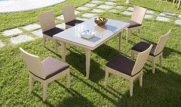 Conjunt de taula i 4 cadires 1.300 €