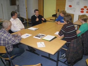 Besprechung mit Herr Hersam, Herr Sarnes, Herr Krause und dem Seminarkursteam