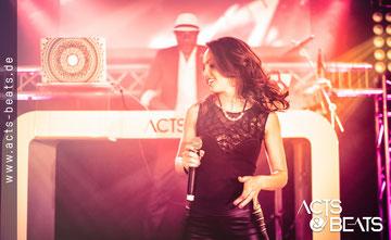 DJ Mit Sängerin für Hochzeit, Geburtstag, Firmenfeier