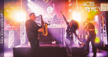 DJ und Saxophon Band NRW Hochzeit Firmenfeier