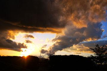 キレイな夕日を浴びながらの帰り道です