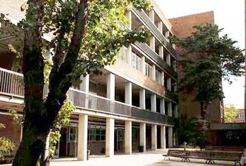 Institut Politècnic Verge de la Mercè, on hi ha el Departament de Micromecànica i Rellotgeria