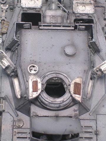 Feinste Details: beachte Lüfter und Periskope