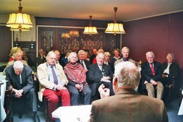 Gespannte Zuhörer beim Estländertreffen