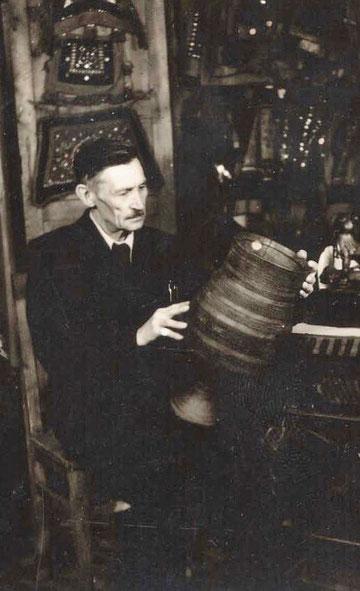 Народный художник ЯАССР М.М. Носов