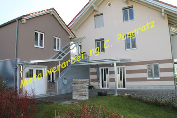 Vordachkonstruktion Stahl verzinkt