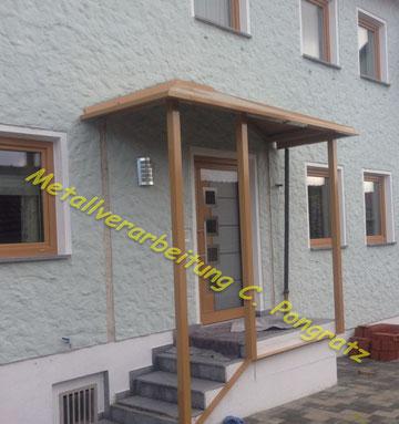 Stahlkonstruktion Vordach