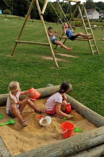 aire de jeux gites- lepre des vergnes- creuse