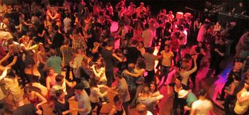 Cours et stages de danse salsa, zumba, kizomba à Strasbourg.